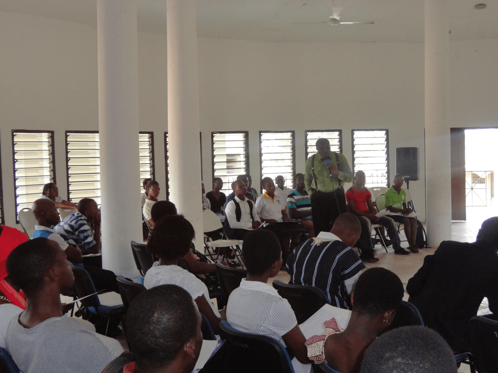 Reverend Olusegun Obafemi in a training seminar