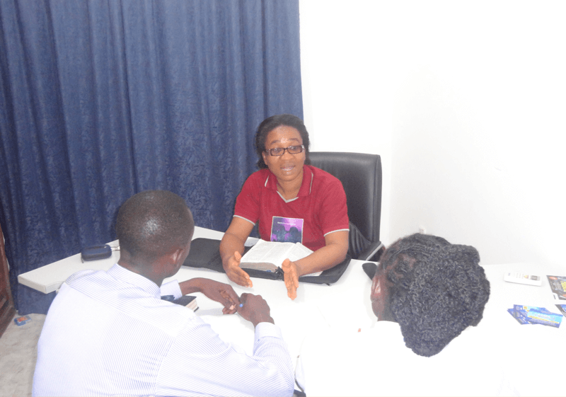 Reverend Clara Obafemi in an HelpMeet Session